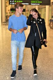 Bailee Madison at Toronto Pearson International Airport 10/11/2016
