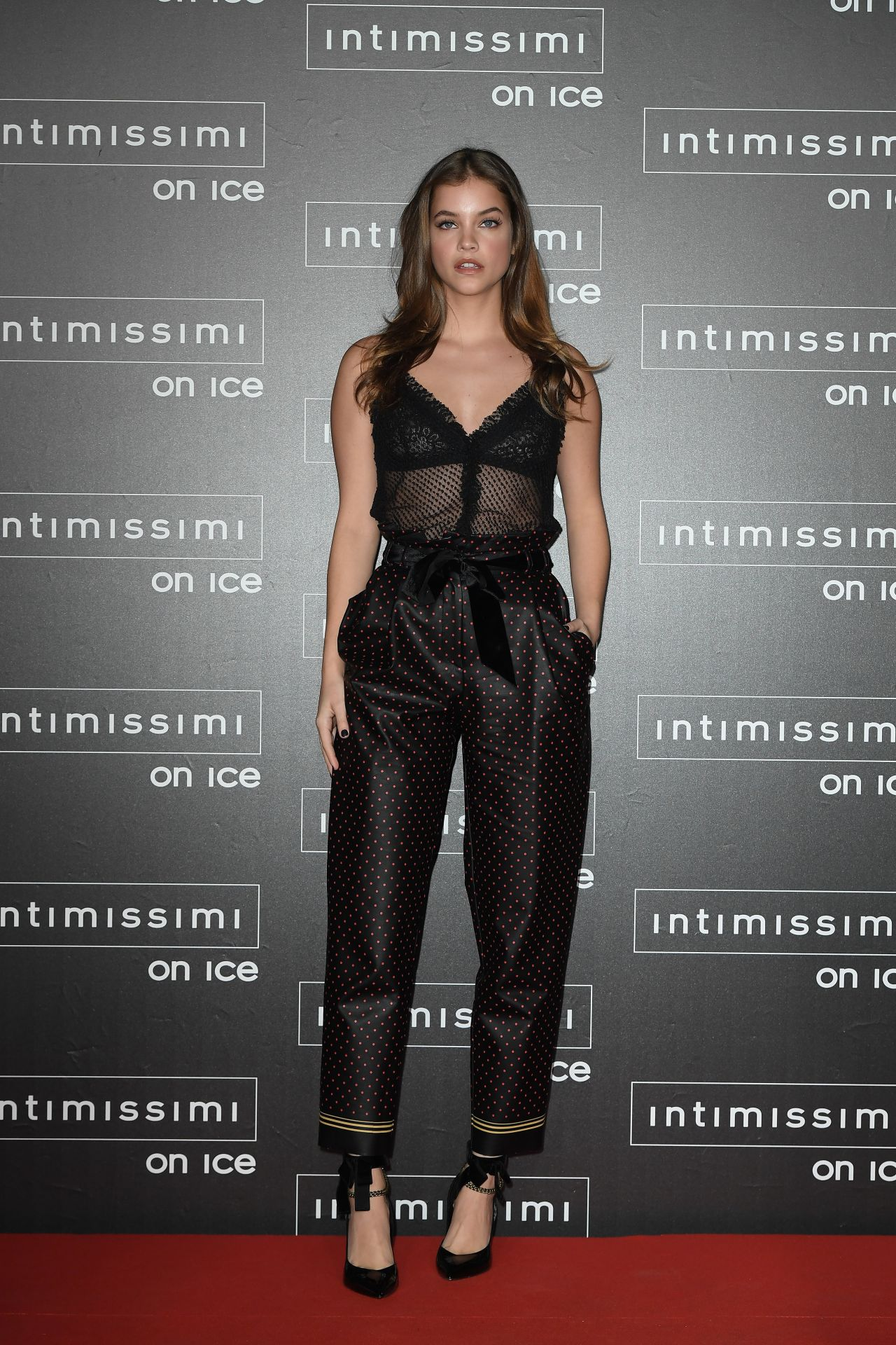 Barbara Palvin Intimissimi On Ice At Arena In Verona