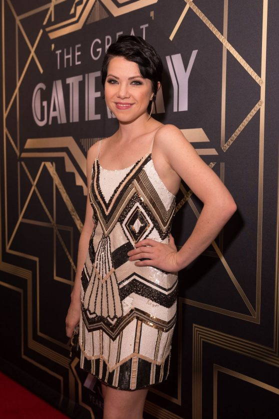 carly-rae-jepsen-gateway-for-cancer-research-cures-gala-at-navy-pier-chicago-10-16-2016-9