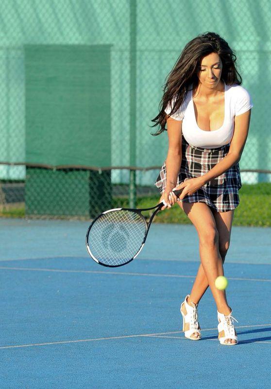 Chloe Khan - Playing Tennis, Manchester 10/15/ 2016