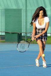 Chloe Khan - Playing Tennis, Manchester 10/15/ 2016