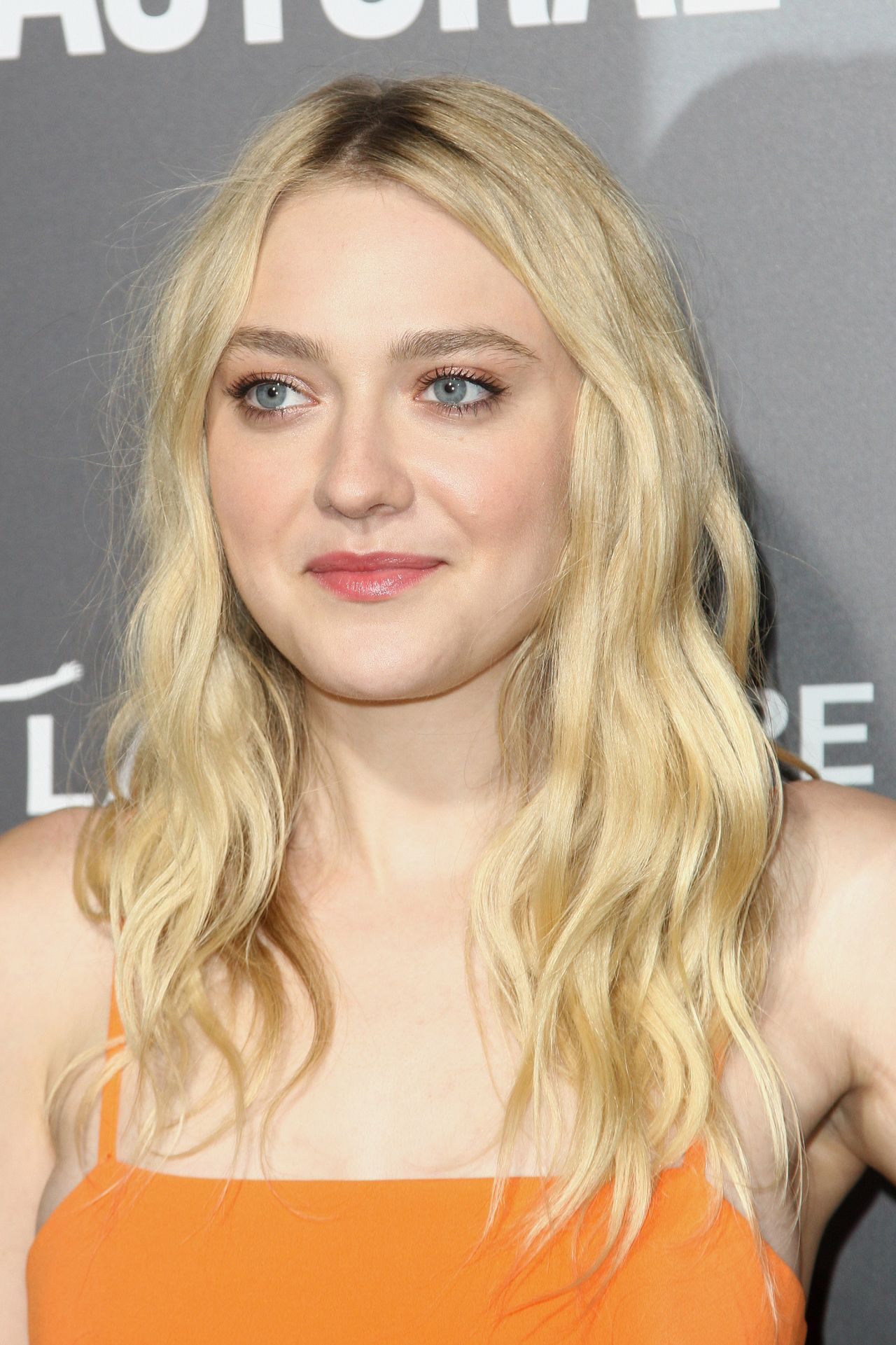 Dakota Fanning - 'American Pastoral' Premiere in Los Angeles Dakota Fanning