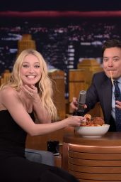 Dakota Fanning Appeared on The Tonight Show With Jimmy Fallon 10/12/2016