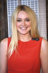 Dakota Fanning - Lights The Empire State Building in Honor Of International Day of the Girl 10/11/2016