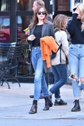 Dakota Johnson - Strolling in Soho, Manhattan, New York 10/12/2016