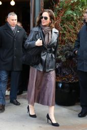 Diane Lane Autumn Style Ideas - New York, 10/25/ 2016