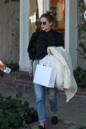 Elizabeth Olsen - Shopping on Melrose Place in Los Angeles 10/28/ 2016