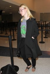 Elle Fanning is Seen at LAX in Los Angeles 10/6/2016