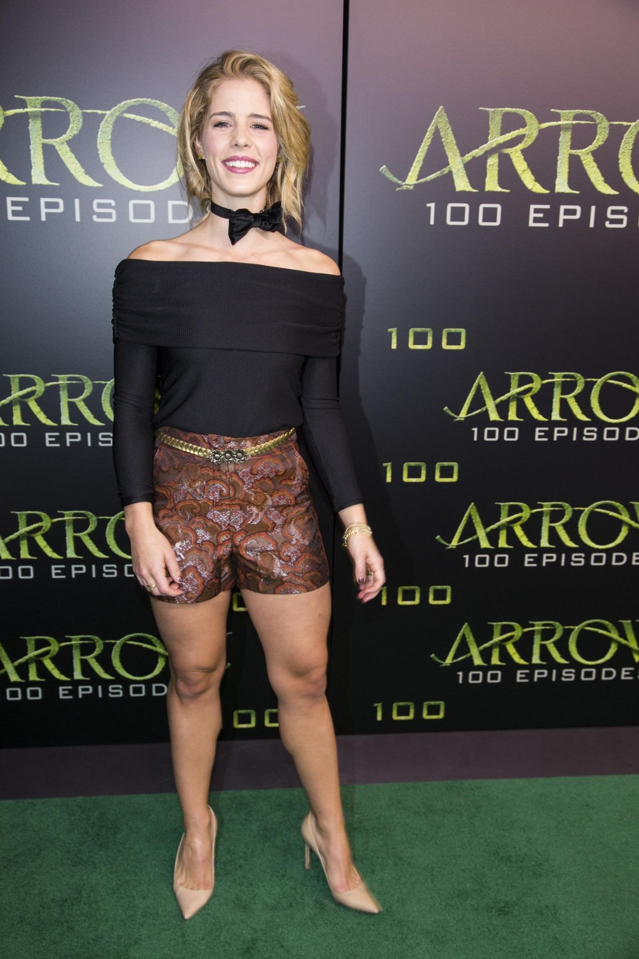 Emily Bett Rickards Celebration Of 100th Episode Of