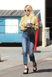 Emma Roberts at the Coffee Bean and Tea Leaf in West Hollywood 10/19/ 2016