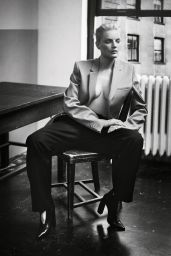 Guinevere Van Seenus - Photoshoot for Vogue Portugal, November 2016