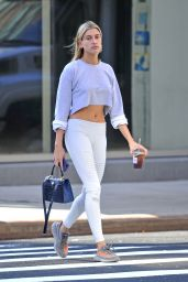 Hailey Baldwin - Out in NYC 10/19/ 2016