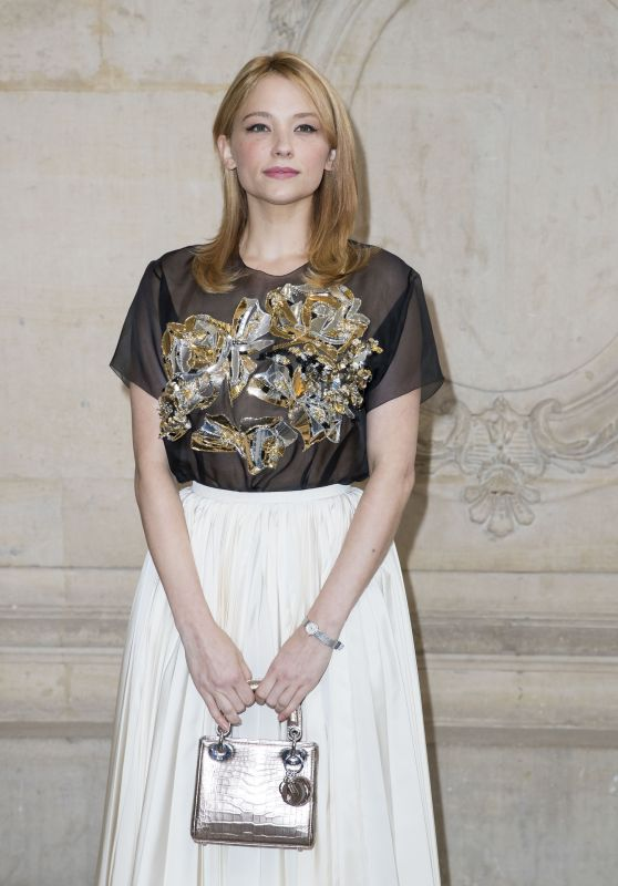 Haley Bennett - Christian Dior Photocall Womenswear Spring/Summer 2017 in Paris 9/30/2016