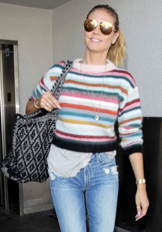 Heidi Klum Urban Style - Arrives at LAX in LA 10/1/2016