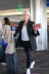 Helen Mirren Travel Outfit - LAX Airport, 10/25/ 2016