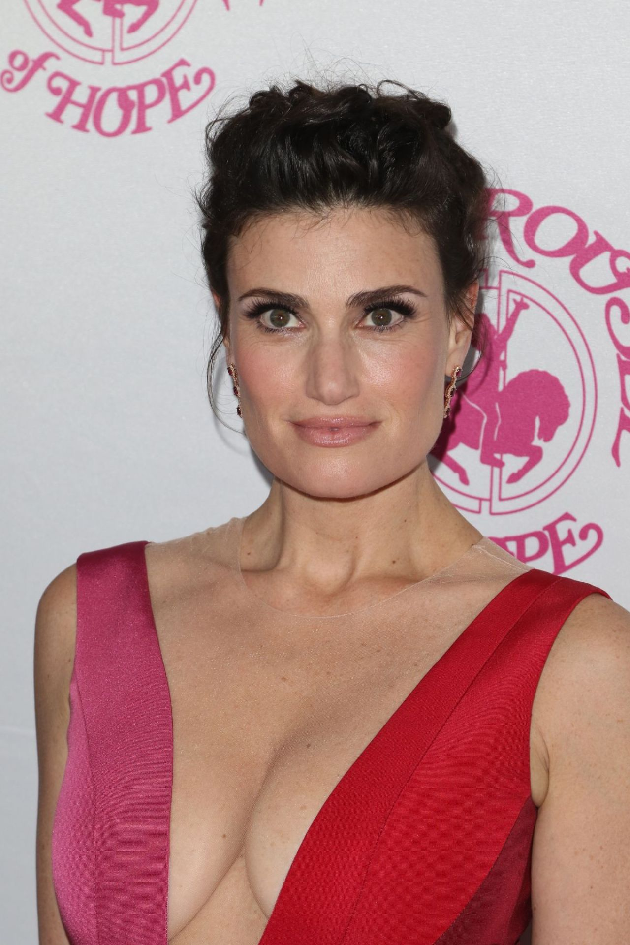 Idina Menzel Carousel Of Hope Ball In Beverly Hills 10