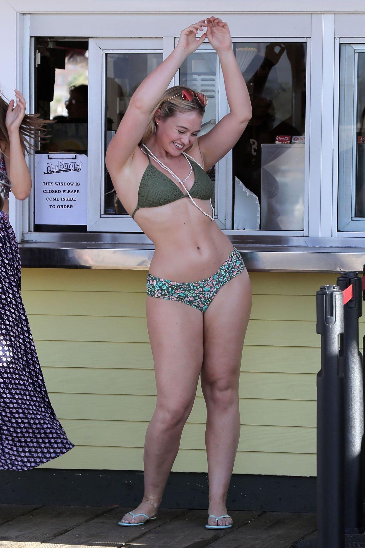 d98720d816c Iskra Lawrence - Photoshoot in Santa Monica