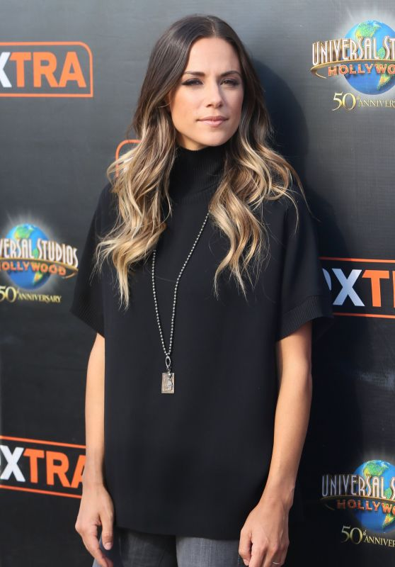 Jana Kramer at Extra at Universal Studios in Hollywood, October 2016