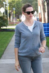 Jennifer Garner - Out in L.A. 10/19/ 2016
