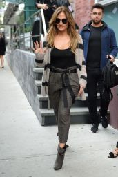 Jennifer Lopez - Leaves a Photoshoot in New York City 10/3/2016