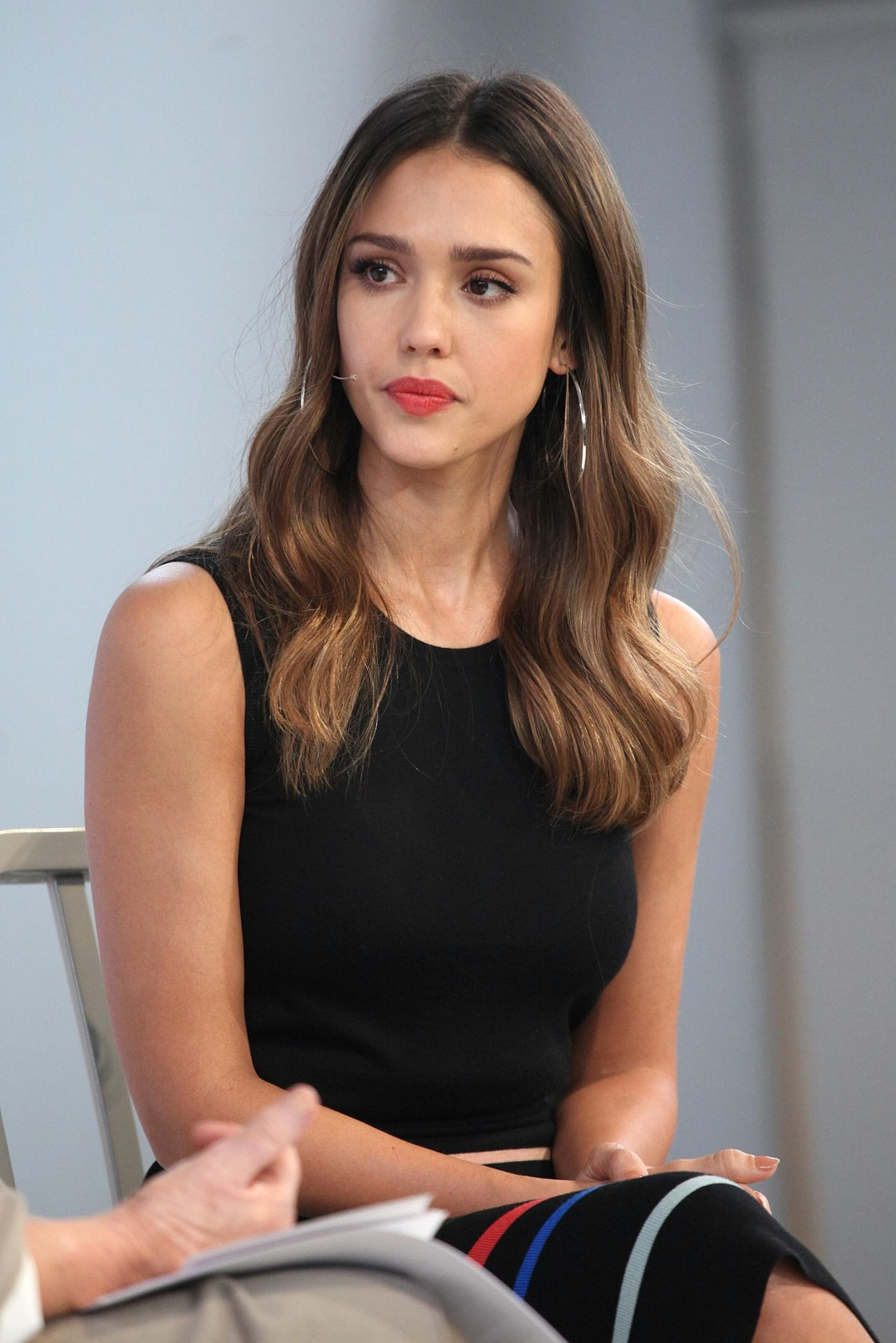 http://celebmafia.com/wp-content/uploads/2016/10/jessica-alba-martha-stewart-made-in-america-ny-summit-in-new-york-city-10-22-2016-11.jpg