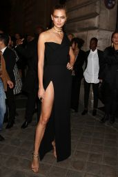 Karlie Kloss Arriving at the L'Oreal Gold Obsession Party in Paris 10/2/2016