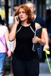 Kate Winslet On Her Mobile - Set in New York 10/25/2016
