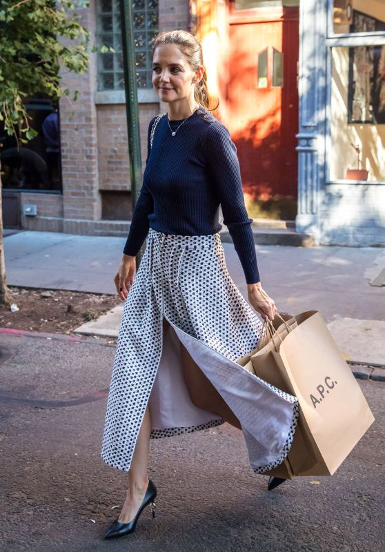 Katie Holmes - Shopping in the West Village, New York City, 10/25/ 2016