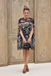Keleigh Sperry at Valentino Show – Paris Fashion Week 10/2/2016