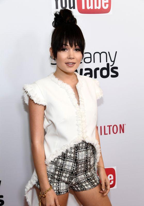 Kelli Berglund - Streamy Awards in Beverly Hills 10/04/2016