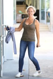 Kendra Wilkinson in an itty-bitty Tan Tank in Calabasas 10/4/2016