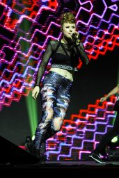 Kiesza Performs at Youtube Fanfest event in Sao Paulo 10/5/2016