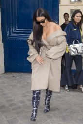 Kim Kardashian Style - Leaving the Mugler Offices in Paris 10/2/2016
