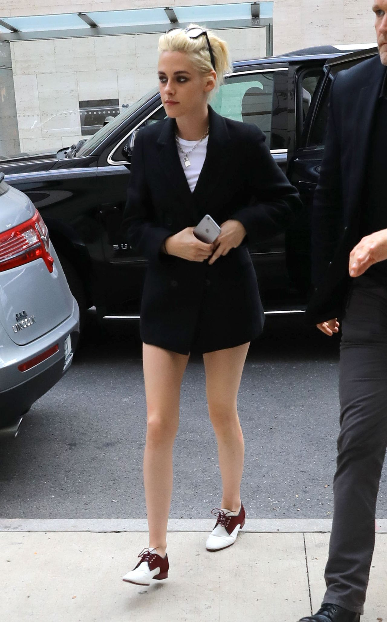 Kristen Stewart Style Inspiration Out In New York City 10 3 2016