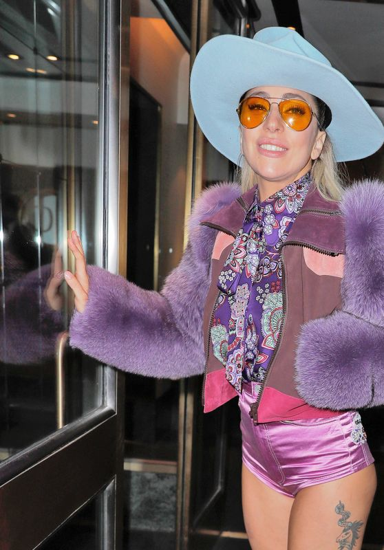 Lady Gaga - Leaving Her Hotel in New York 10/22/2016