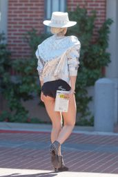 Lady Gaga Shows Off Her Legs - Out in Westlake Village 10/1/2016