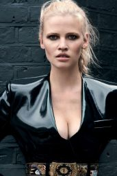 Lara Stone -Photoshoot for Vogue Turkey, October 2016