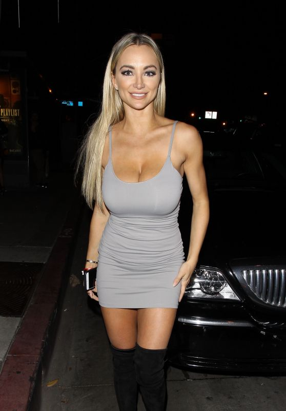 Lindsey Pelas at Bootsy Bellows in West Hollywood 10/25/ 2016