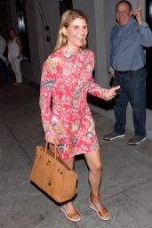 Lori Loughlin Style - Craigs Restaurant in West Hollywood, September 2016