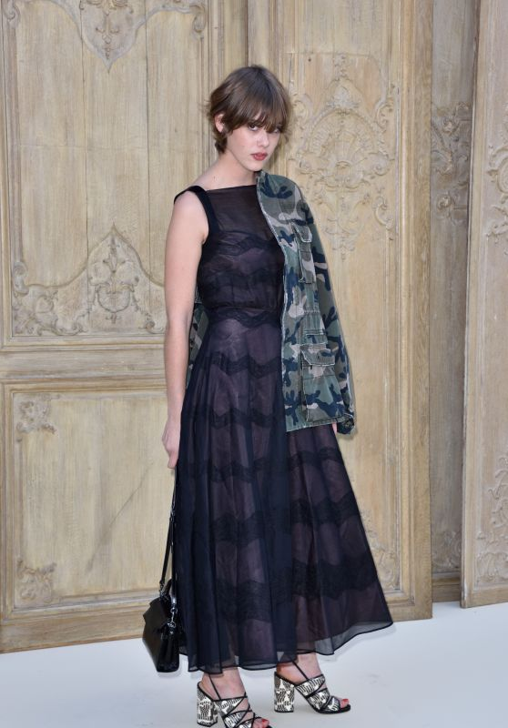 Mathilde Warnier at Valentino Show – Paris Fashion Week 10/2/2016