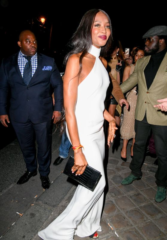 Naomi Campbell - Arriving at the L'Oreal Gold Obsession Party in Paris 10/2/2016