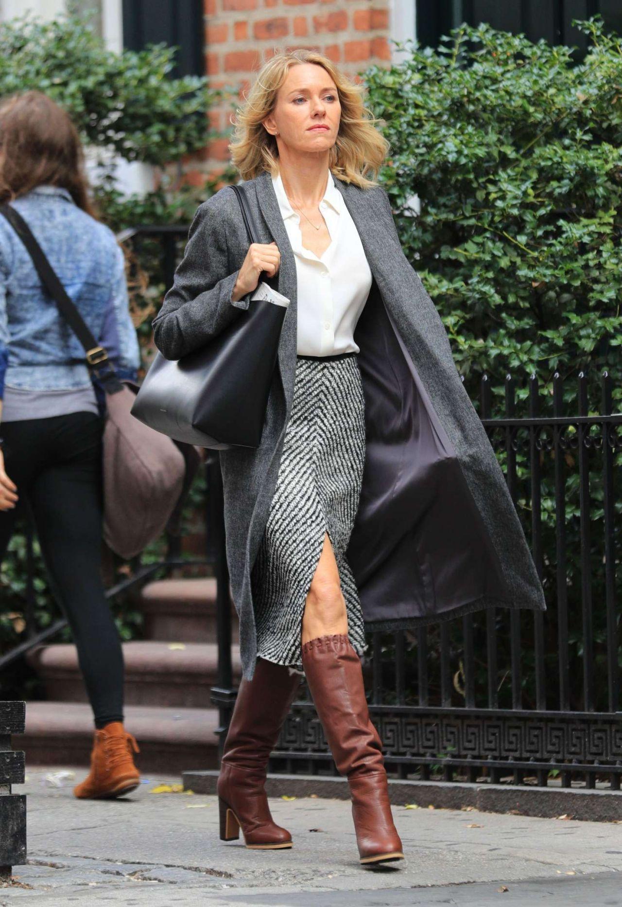 Naomi Watts Style and Fashion Inspirations - NYC 9/28/2016