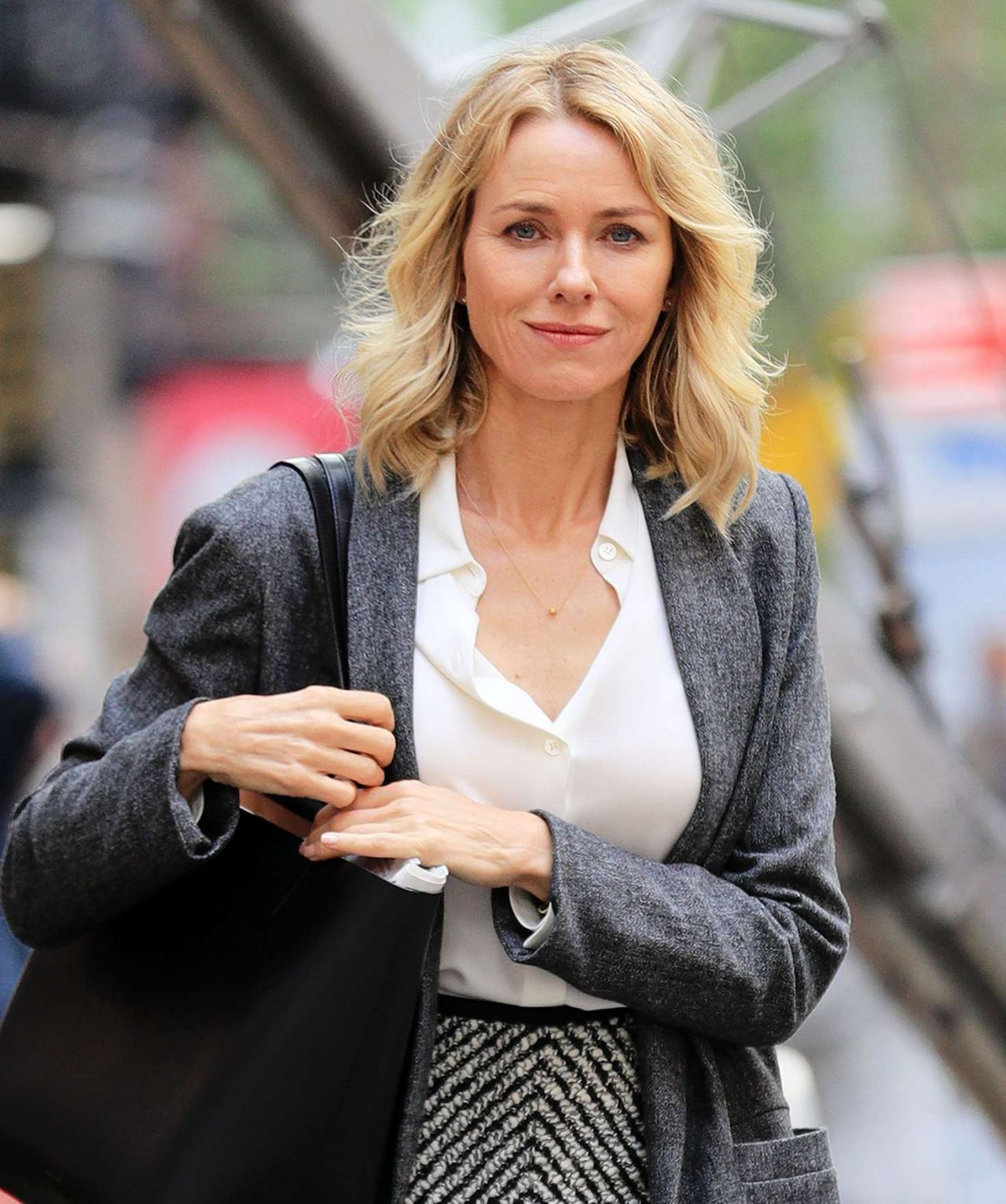Naomi Watts Style and ...