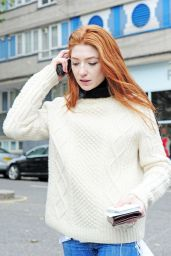 Nicola Roberts Autumn Outfit Ideas - Shopping in Notting Hill 10/19/ 2016