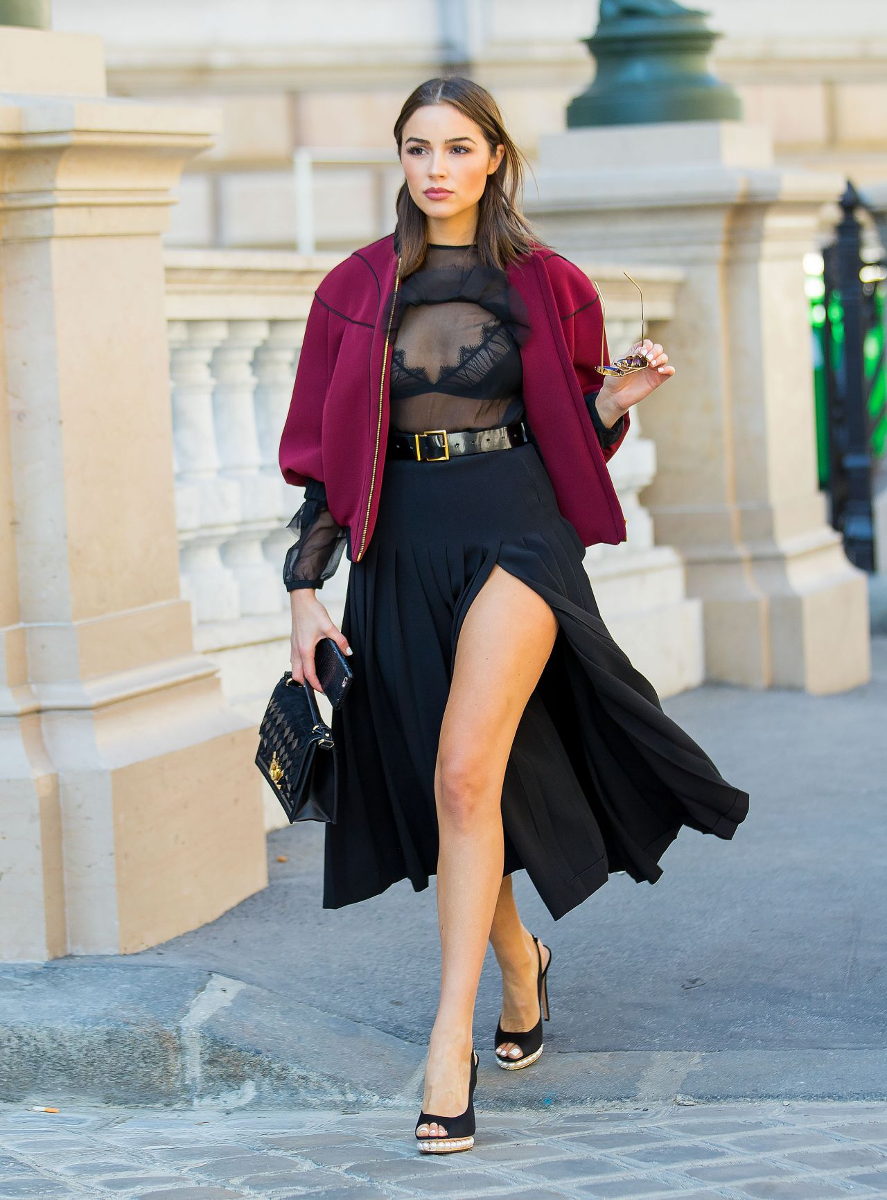 Olivia Culpo Is Looking All Stylish Out In Paris 10 7 2016