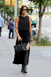 Padma Lakshmi Classy Fashion - Outside Her NYC Apartment 9/28/2016