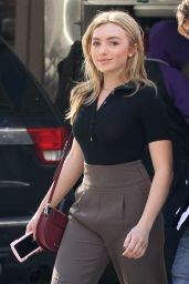 Peyton Roi List - Shopping Around Manhattan