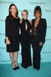 Reese Witherspoon – Tiffany & Co Store Renovation Unveiling in LA 10/13/2016