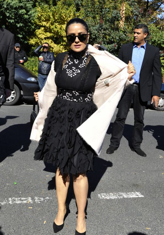 Salma Hayek at Giambattista Valli Show - Paris Fashion Week 10/3/2016