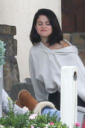 Selena Gomez at a Rehab Center in Tennessee, October 2016
